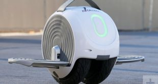 CES2018-Gliding around Vegas on the IotaTrax, a new rideable the size of a six-pack