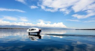 A new all-electric hydrofoil water taxi is tested on Lake Geneva